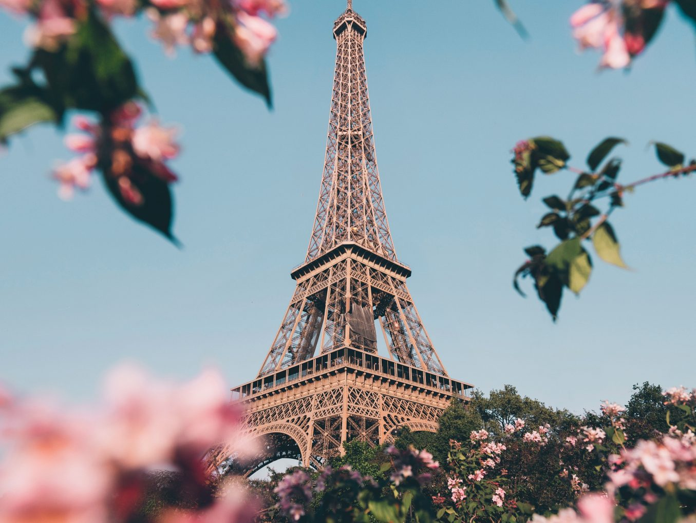 5 inspirational quotes about France